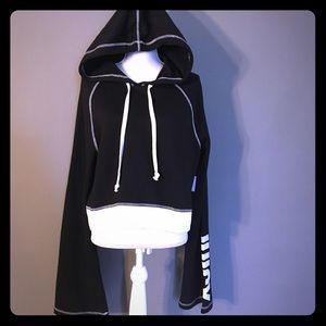 Sporty Juicy Couture Hoodie/Pull Over